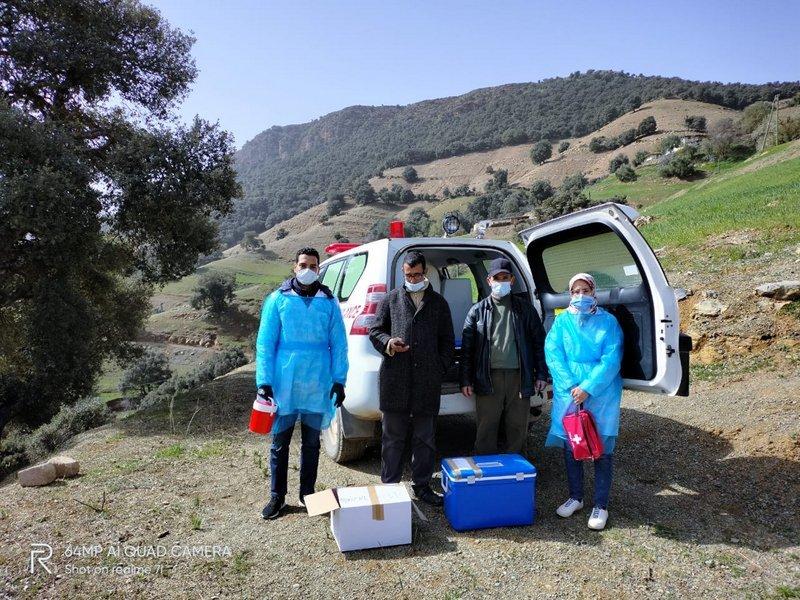 Au Maroc, c'est le vaccin qui se déplace chez les personnes âgées ou à mobilité réduite