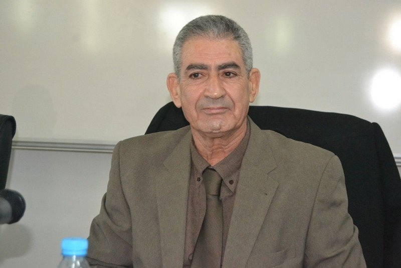 د. عبدالله إدريسي عميد كلية العلوم القانونية بوجدة يفوز بجائزة اتحاد مجالس البحث العلمي العربية للعام 2019