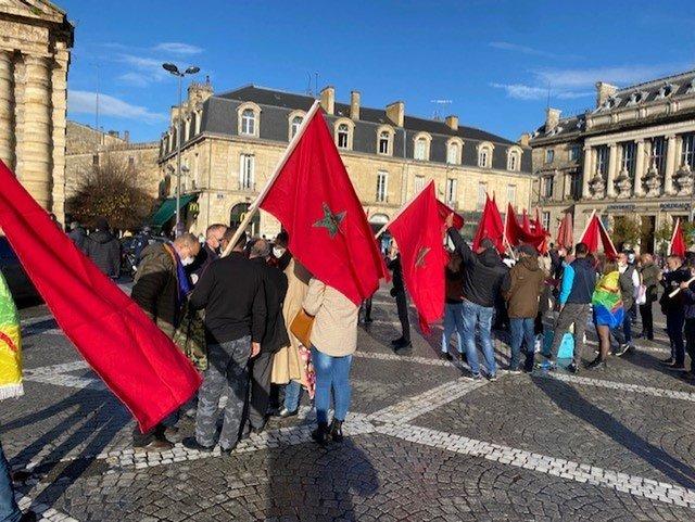 Extrême violence des nervis polisariens contre des manifestants Marocains et amis du Maroc à Bordeaux (France)