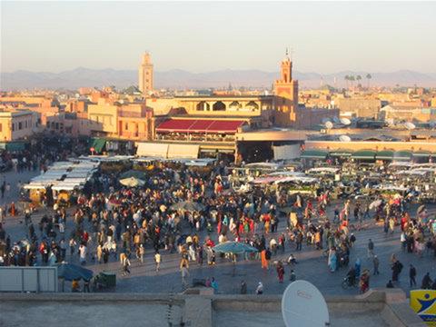 Rapport Le tourisme national sauve la mise Le taux d'occupation s'est dégradé à 39% au lieu de 47 % en juillet 2010.