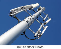سكان حي التقدم بوجدة ينتفضون ضد إقامة جهاز لتقوية شبكة الإرسال فوق سطح منزل